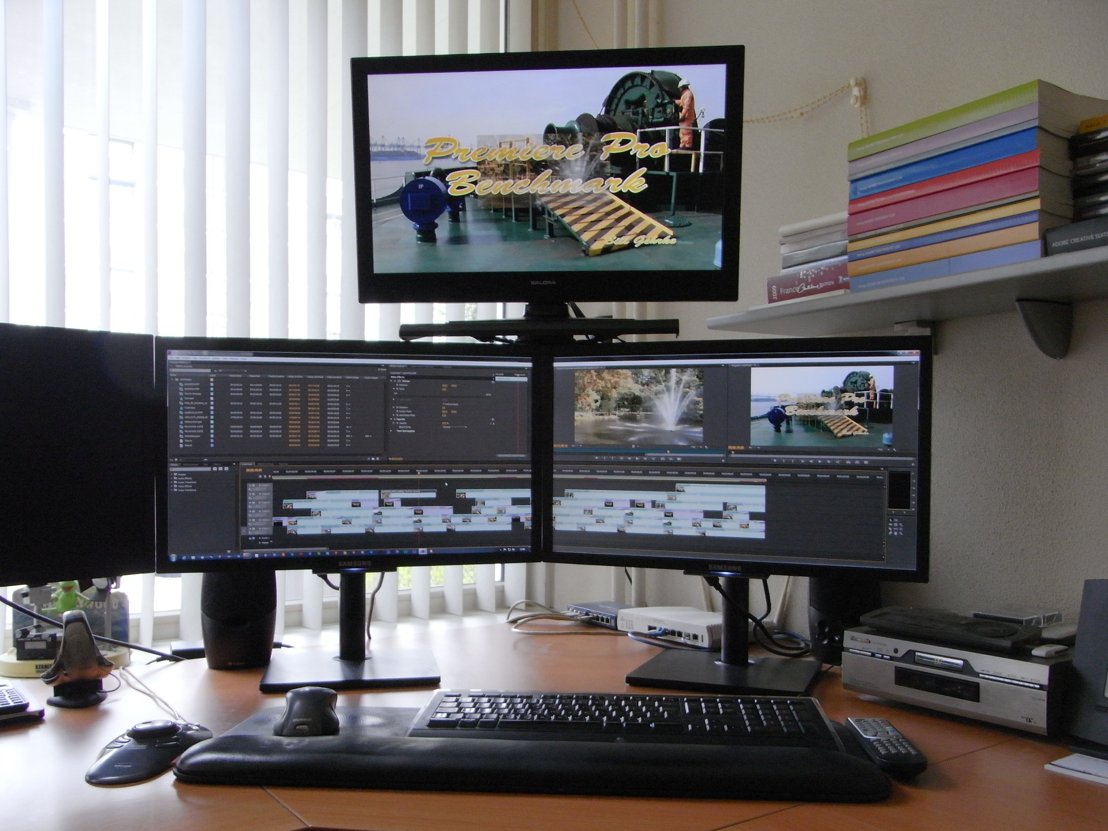 How Do You Setup Your Monitors For 3 Screen Editing At