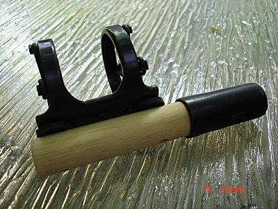 skinny mic, fat holder on camera-01-broom-mount_small.jpg