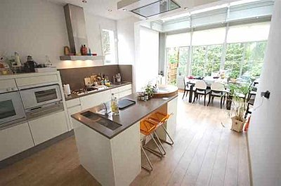 levels looked OK but recording sounded distorted-kates-kitchen-1.jpg
