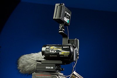 Short shotgun on Sony HDR-SR12?-pi5j6968.jpg