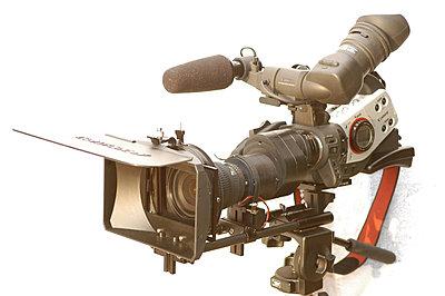 Pics: XL2, LetusXL Enhanced, Cavision Mattebox & Rods-dsc_7010-1024-camera-high-front-left-view.jpg