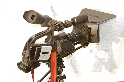 Pics: XL2, LetusXL Enhanced, Cavision Mattebox & Rods-dsc_7042-1024-camera-rear-right-view.jpg