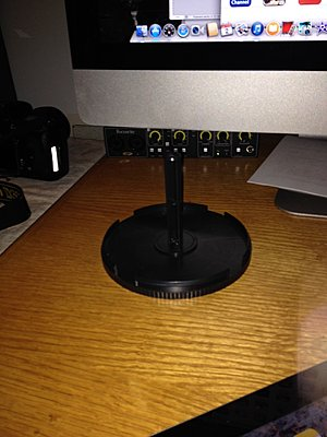 Repurpose those DVD/CD spindles!-spool2.jpg