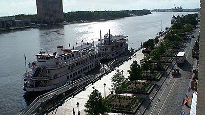 .wmv and H.264-riverboat-wmv.jpg