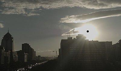 Is the Blackmagic URSA a game changer?-black-sun-01.jpg