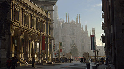 C100 footage, download mts-milan-c-log-graded.jpg