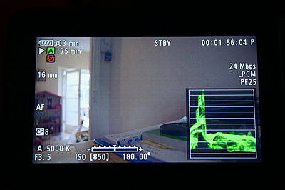 lines on c100 screen-c100-2.jpg