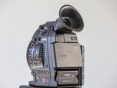 Custom Eyecup for the C100-hx9c0779_1.jpg