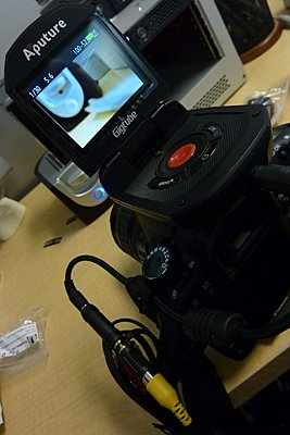Aputure Gigtube Live view LCD Viewfinder with 7D-p1010979.jpg