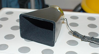 Low cost viewfinder/Loupe! Just got one Heads up...-hood1.jpg