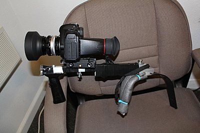 Is a shoulder rig necessary?-img_1933.jpg