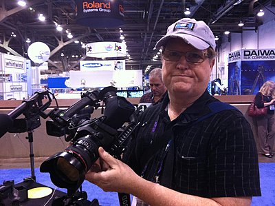 Does Image Stabilization work when shooting movies?-hoodman-photo3.jpg