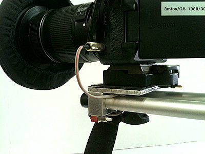 Shoulder Brace for my Canon 60D-switch-wide.jpg