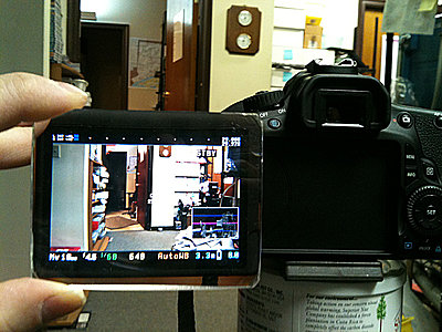Shoulder Brace for my Canon 60D-magnifier.jpg
