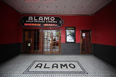Which Ultrawide Lens?-alamo14.jpg