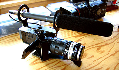Canon HV30 still worth getting?-hv30-adapter.jpg