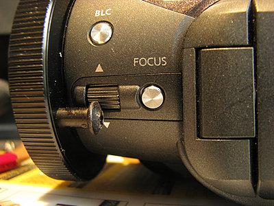 HV30 Manual Focus Ring!! whoa...very slick!-hv30focuspin.jpg