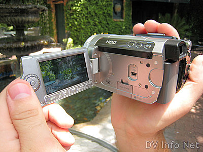 Canon HG10 and HV20 side by side -- pics-hg10-hh1.jpg