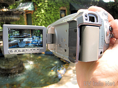 Canon HG10 and HV20 side by side -- pics-hv20-hh1.jpg