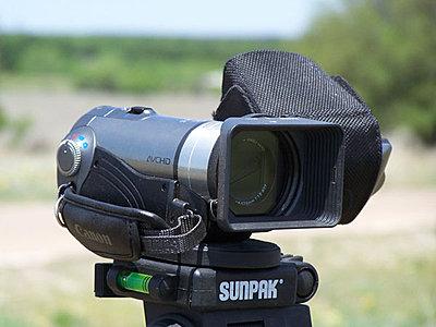 Canon HF10 Review-hf100_hama_hood.jpg