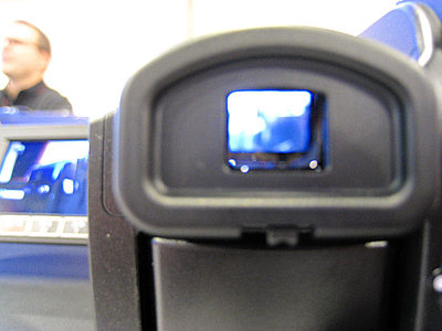 Press Release: Canon Introduces Three New VIXIA HD Camcorders-hg21backb.jpg