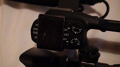 XA10 still have rattling XLR buttons?-dsc02373.jpg