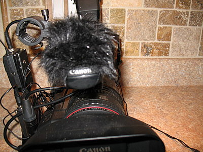 Wind screen for a Canon Xf300-img_2601.jpg