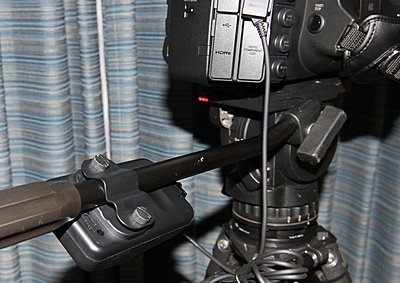Rear LANC Controller for Zoom and Iris?-zr-2000-mounting.jpg