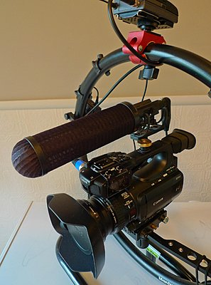 XF100 Microphone Mount-canonhood.jpg