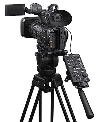 I pre-ordered the XF400 - thoughts?-sony_rm-30bp_04.jpg