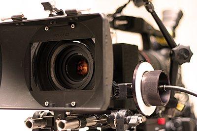 Follow Focus for Canon XH-rig2.jpg