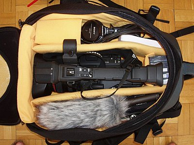 KATA HB-205 with the Canon XH-A1-hb-205_xh-a1-1.jpg