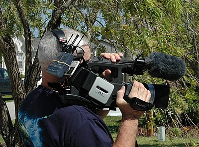 need two UHF mics for XL2-camera.jpg