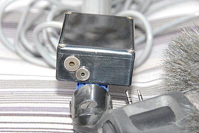 Mic on the XL-1-micconnectors.jpg