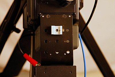 Nano Flash mount for PMW-350-topview-no-arms.jpg