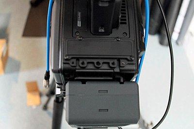 Nano Flash mount for PMW-350-camera-top-fasteners.jpg