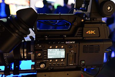 Sony FS-700 II-original.jpg