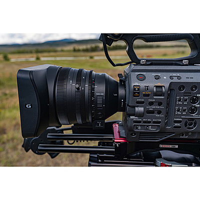 Sony PXW-FX9 XDCAM 6K Full-Frame Camera System-1568369755_img_1251959.jpg