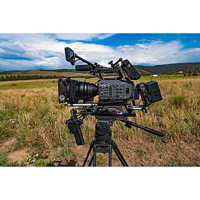Sony PXW-FX9 XDCAM 6K Full-Frame Camera System-1568369755_img_1251962.jpg