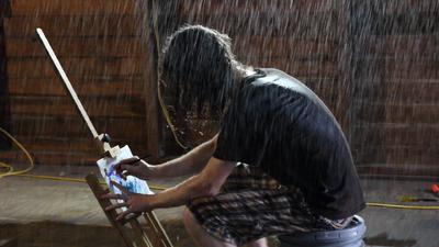 DVcreators.net cool light arrived-painting-rain-2-still.png