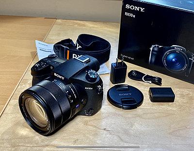 Sony RX10 iii Camera-182739ae-6cd7-46e9-ac2a-2b09d6d269cf.jpeg