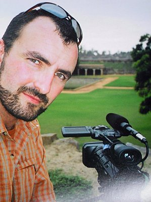 Doco and former TV news videojournalist looking for interesting opportunities abroad-me-camera-old-fort-india.jpg