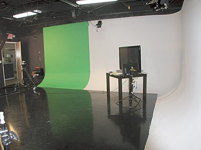 Anyone here built thier own Cyclorama? Advice?-miamiheraldcyc2.jpg