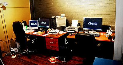 Show off your Wedding / Event post production studio!-desk.jpg