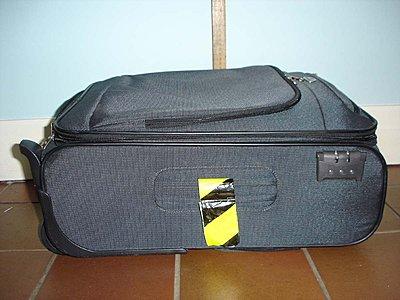 Airline transportation-akw-ex3-samsonite-bag-shut.jpg