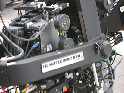 Now this is what I call a camera crane!-img_2570.jpg