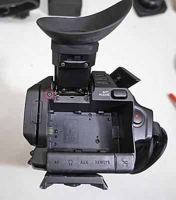 JVC LS-300 wobbly screen-step-03-battery-back-screw.jpg