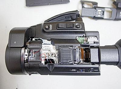 JVC LS-300 wobbly screen-step-05-top-side-panel-access-screw.jpg