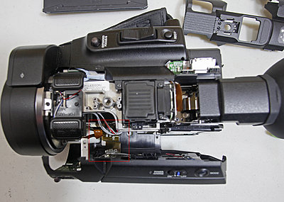 JVC LS-300 wobbly screen-step-06-side-panel-ribbon.jpg