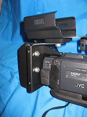 The new KA-MR100 media recorder (XDCAM EX)-camera1.jpg